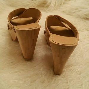 Vera Wang Lavender Label Shoes - Vera Wang Lavender Zella Platform Sandal 7.5